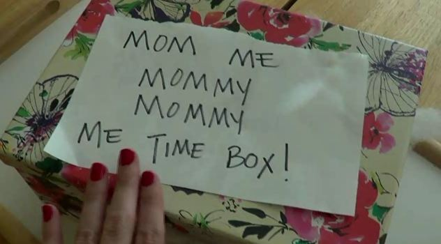 Post image for Vlogging Workshop: Mommy Me Time Box